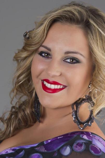 <b>Miriam Domínguez</b>, Cantante de copla, que actuó el día16 con motivo de las ... - miriam_dominguez